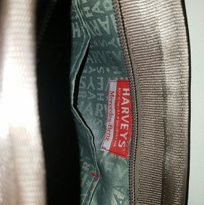 Bags - SOLD: HARVEYS SEATBELT SHLDR CROSSBODY MSSNGR BAG